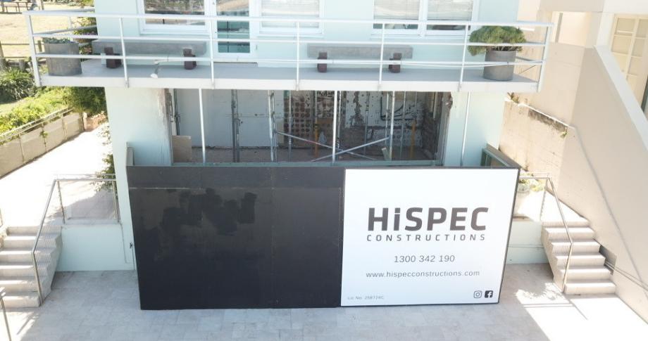 Hispec vinyl banners signs